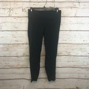 "Lululemon Size 8 Black Tight Leggings 24"" Yoga"
